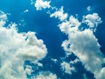 cielo della nuvola e sole di cielo un il giorno Fotografia Stock