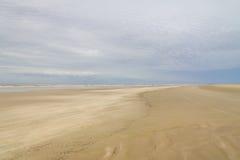 Cielo della tempesta alla spiaggia Fotografie Stock
