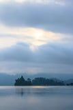 Cielo di mattina in laguna laterale Fotografia Stock