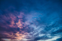 Cielo di sera immagini stock libere da diritti