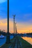 Cielo di sera a Thanon Utthayan Fotografie Stock Libere da Diritti