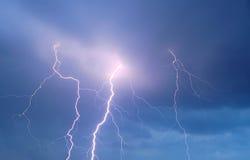 Cielo di temporale con lampo Immagini Stock