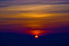 Cielo di tramonto al parco nazionale di Phukradueng immagine stock libera da diritti