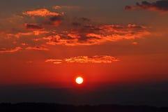 Cielo drammatico di mattina ad alba fotografie stock