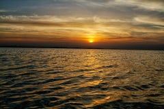 Cielo drammatico di tramonto Immagini Stock