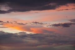 Cielo drammatico sul tramonto Fotografia Stock Libera da Diritti