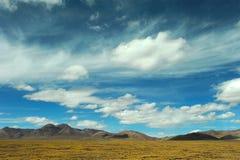 Cielo e nubi sopra il plateau immagine stock libera da diritti