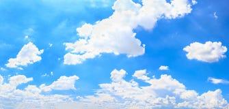 Cielo e nuvola di panorama Immagine Stock