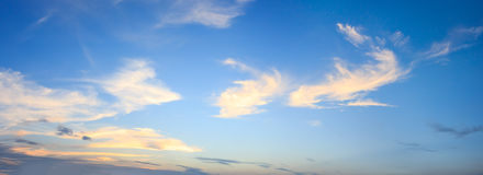 Cielo e nuvola di panorama Immagini Stock