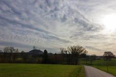 cielo e nuvole del foehn nel mese novembre di autunno Fotografia Stock