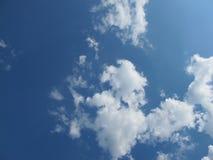 Cielo e nuvole a Grenoble immagine stock