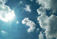 cielo e sole Fotografie Stock Libere da Diritti