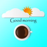 Cielo e sole di buongiorno con un vetro di caffè Fotografia Stock