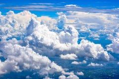 Cielo e terra blu della nuvola dalla vista superiore Immagine Stock Libera da Diritti