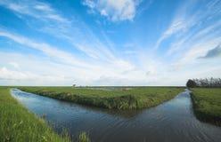 Cielo ed acqua dello sbarco Fotografia Stock Libera da Diritti