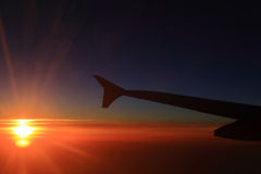 Cielo ed aeroplani di tramonto Fotografie Stock