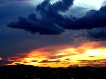 Cielo en el fuego fotos de archivo