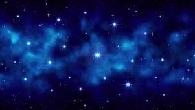 Cielo estrellado de la noche con el humo móvil, niebla, estrellas que oscilan grandes brillantes del fondo azul marino del espaci stock de ilustración