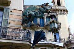 Cielo gótico del arte de Barcelona España imagenes de archivo