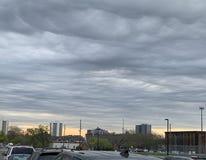 Cielo grigio di grande città fotografia stock libera da diritti