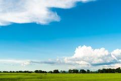 Cielo hermoso al ir afuera Fotografía de archivo libre de regalías