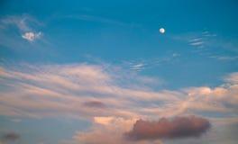 Cielo hermoso de la tarde Fotografía de archivo