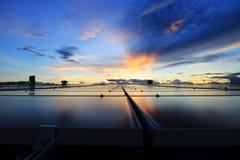 Cielo hermoso del tejado solar del picovoltio Fotos de archivo libres de regalías