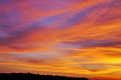 Cielo hermoso en la puesta del sol Fotografía de archivo libre de regalías