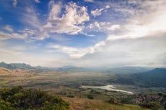 Cielo hermoso sobre la montaña Fotografía de archivo libre de regalías