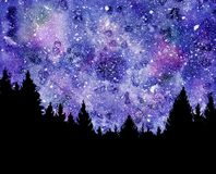 Cielo nocturno con las estrellas y los árboles Imágenes de archivo libres de regalías