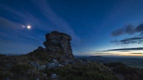 Cielo nocturno sobre Rocky Upland almacen de metraje de vídeo
