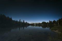 Cielo notturno in parco nazionale di Yosemite Fotografia Stock Libera da Diritti