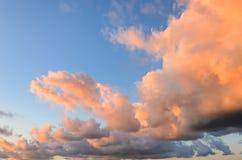 Cielo nublado agradable Imagen de archivo libre de regalías
