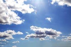 Cielo nublado azul Fotografía de archivo