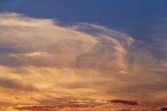 Cielo nublado en la puesta del sol Fotografía de archivo libre de regalías