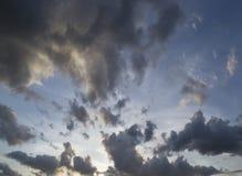 Cielo nublado, fondo Fotos de archivo