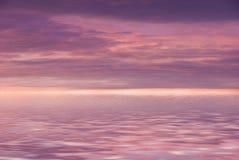 Cielo nublado rosado foto de archivo libre de regalías