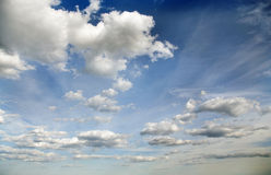 Cielo nuvoloso. Immagine Stock