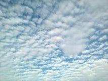 Cielo nuvoloso di Whith Fotografia Stock