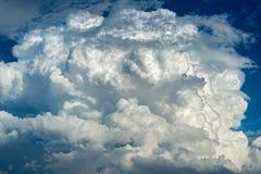 Cielo in pieno delle nuvole Fotografia Stock Libera da Diritti