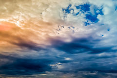 Cielo prima del temporale Fotografie Stock Libere da Diritti