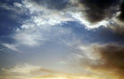 Cielo que amenaza Imagen de archivo libre de regalías