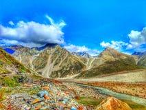 Cielo real de Spiti Himachal Pradesh la India en la tierra fotos de archivo