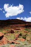Cielo rojo del desierto de la roca fotos de archivo