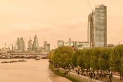 Cielo rojo sobre Londres Fotos de archivo libres de regalías