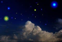 Cielo scuro con la stella e le nubi Fotografia Stock Libera da Diritti
