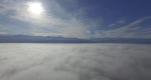 Cielo sobre las nubes metrajes