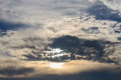 cielo in sole immagini stock