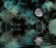 Cielo stellato e luna sopra acqua Immagini Stock Libere da Diritti