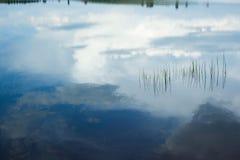 Cielo su acqua Fotografie Stock